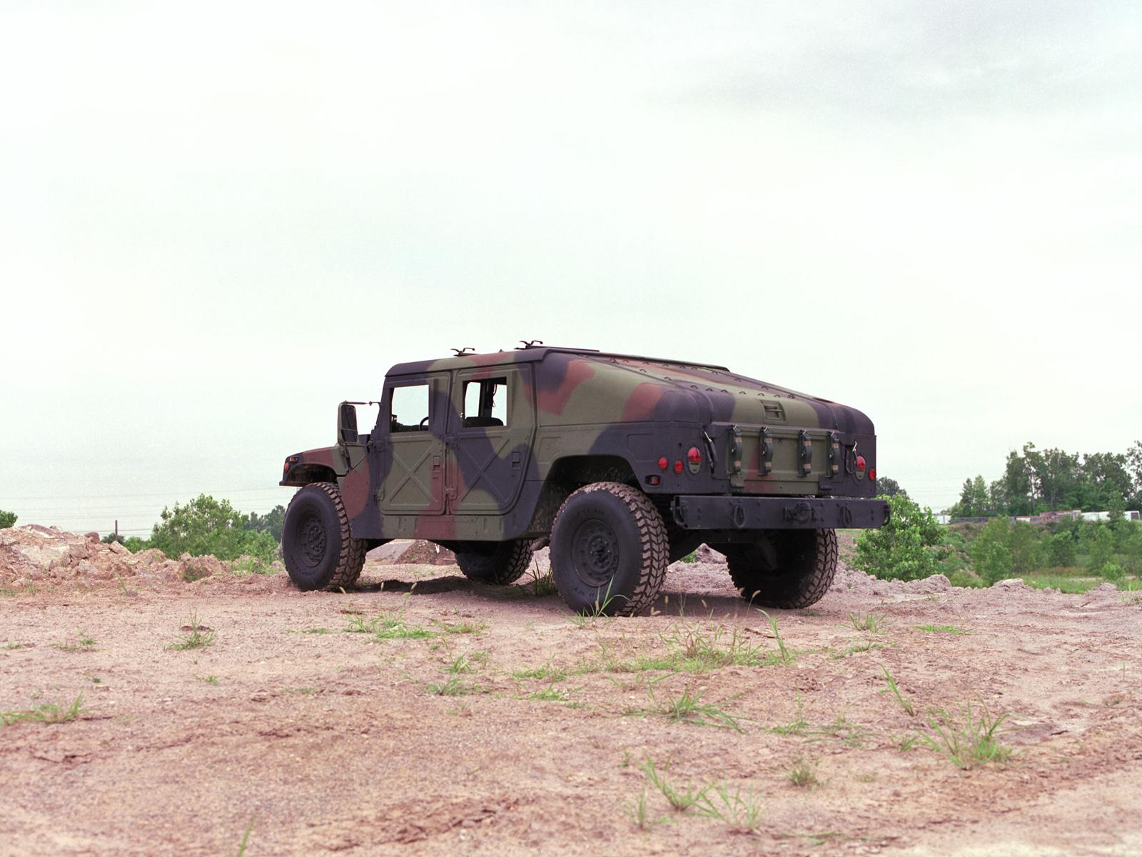 1984 HMMWV M1025 hummer 4x4 suv military t wallpaper | 1600x1200