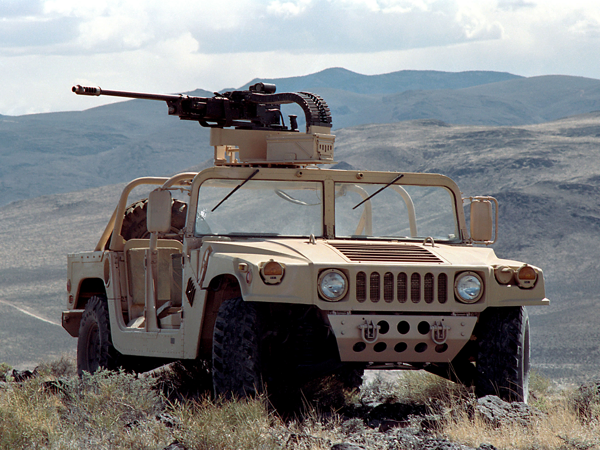 1995 HMMWV M1097A2 Special Force hummer military suv 4x4 weapon
