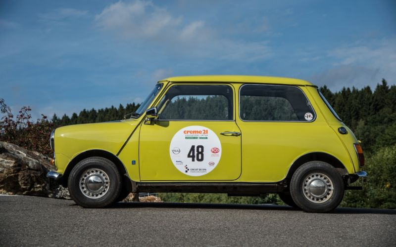 1974 Mr Beans Mini Cooper Mark III humor concept n wallpaper