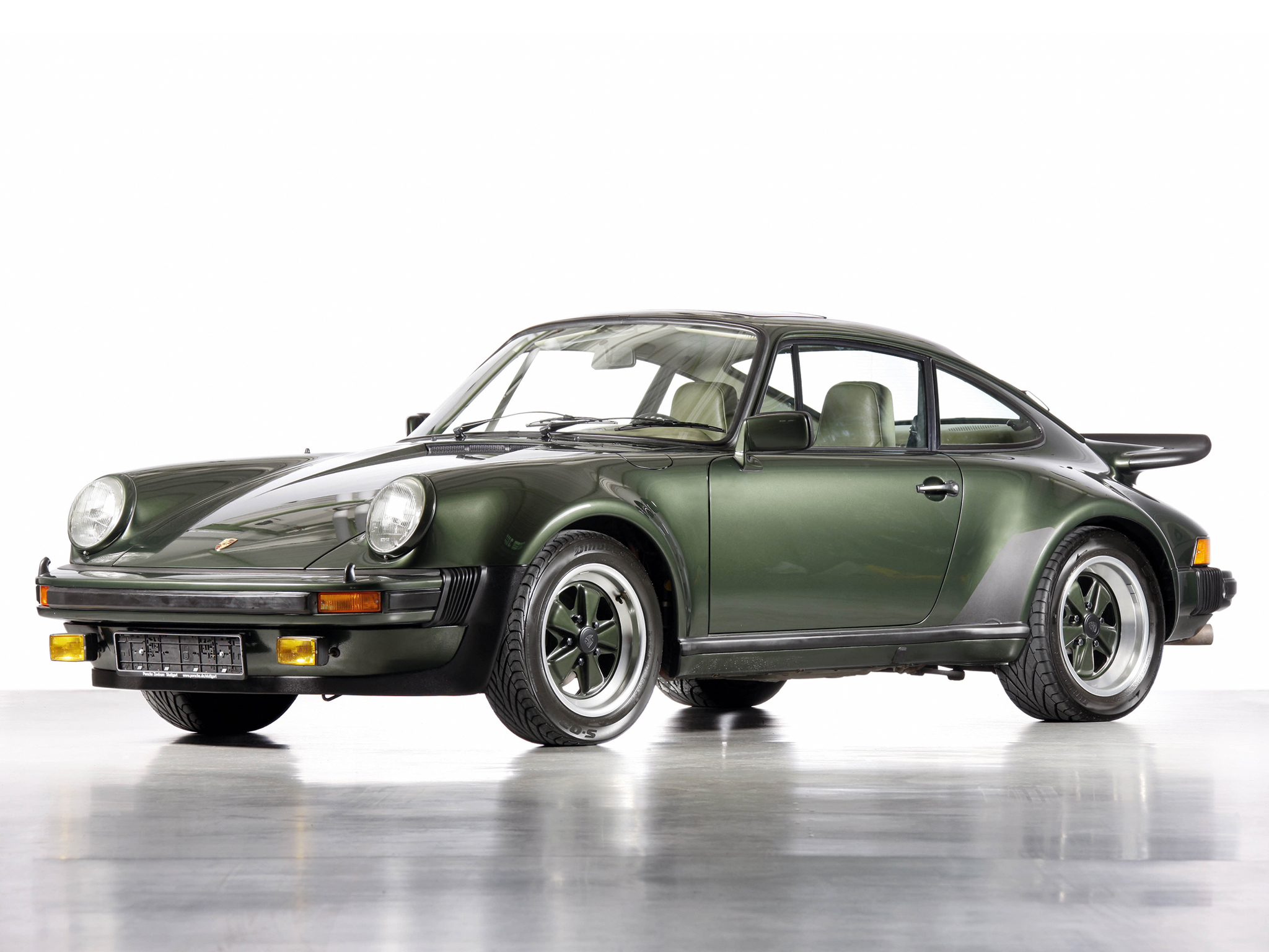 Porsche 930 Turbo (1975 to 1989)