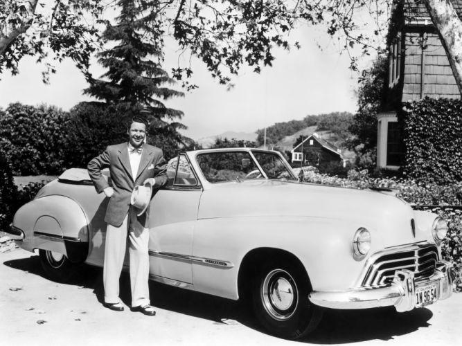 1947 Oldsmobile Custom Cruiser 98 Convertible (3967) retro 9-8 wallpaper