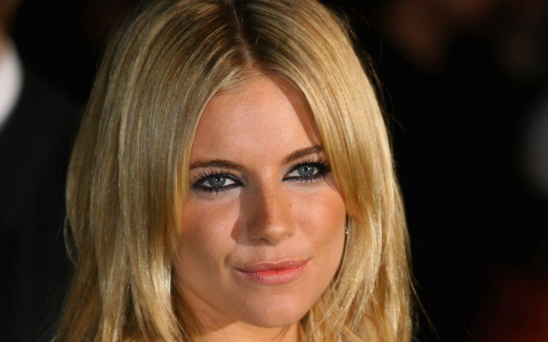 Woman Girl Beauty Sienna Miller Blonde Blue Eyes Actress Model and Fashion Designer wallpaper
