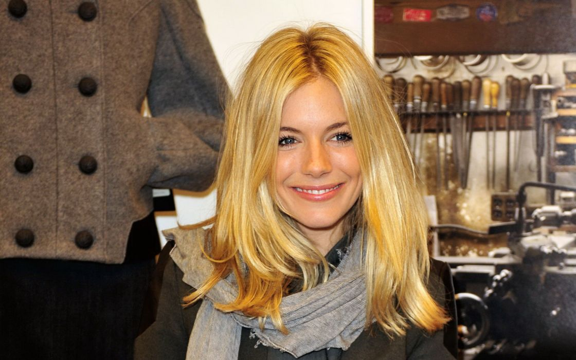Woman Girl Beauty Sienna Miller Blonde Blue Eyes Actress Model and Fashion Designer wallpaper