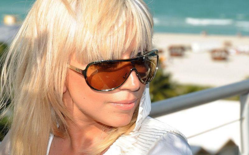 Woman Girl Beauty Blonde Lady Gaga wallpaper