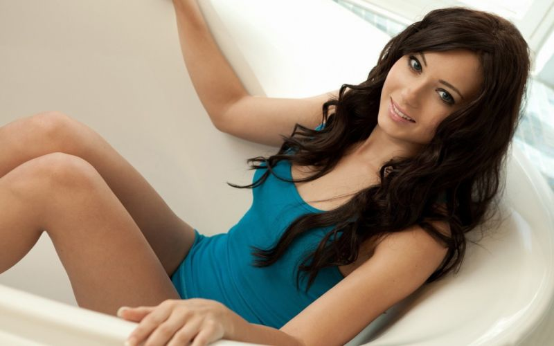 Woman Girl Beauty Brunette Natasha Belle wallpaper
