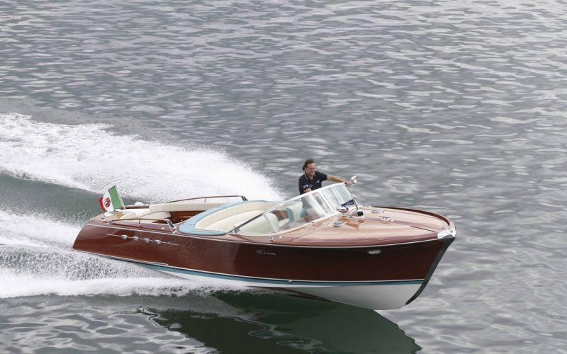 1968 Riva Aquarama Lamborghini superboat race racing boat g wallpaper
