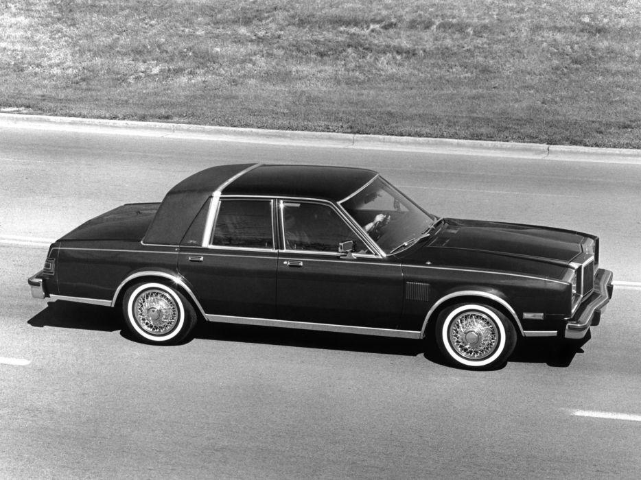 1982 Chrysler New Yorker Fifth Avenue luxury wallpaper