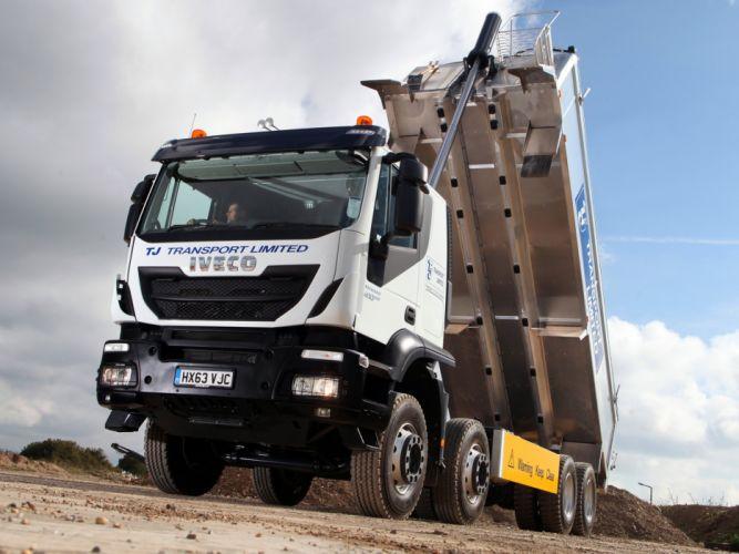 2013 Iveco Trakker Hi-Land 410 8x4 UK-spec semi tractor h wallpaper