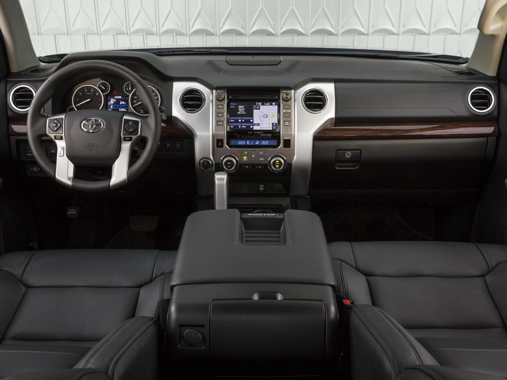 2014 Toyota Tundra Double Cab Limited pickup interior f ...