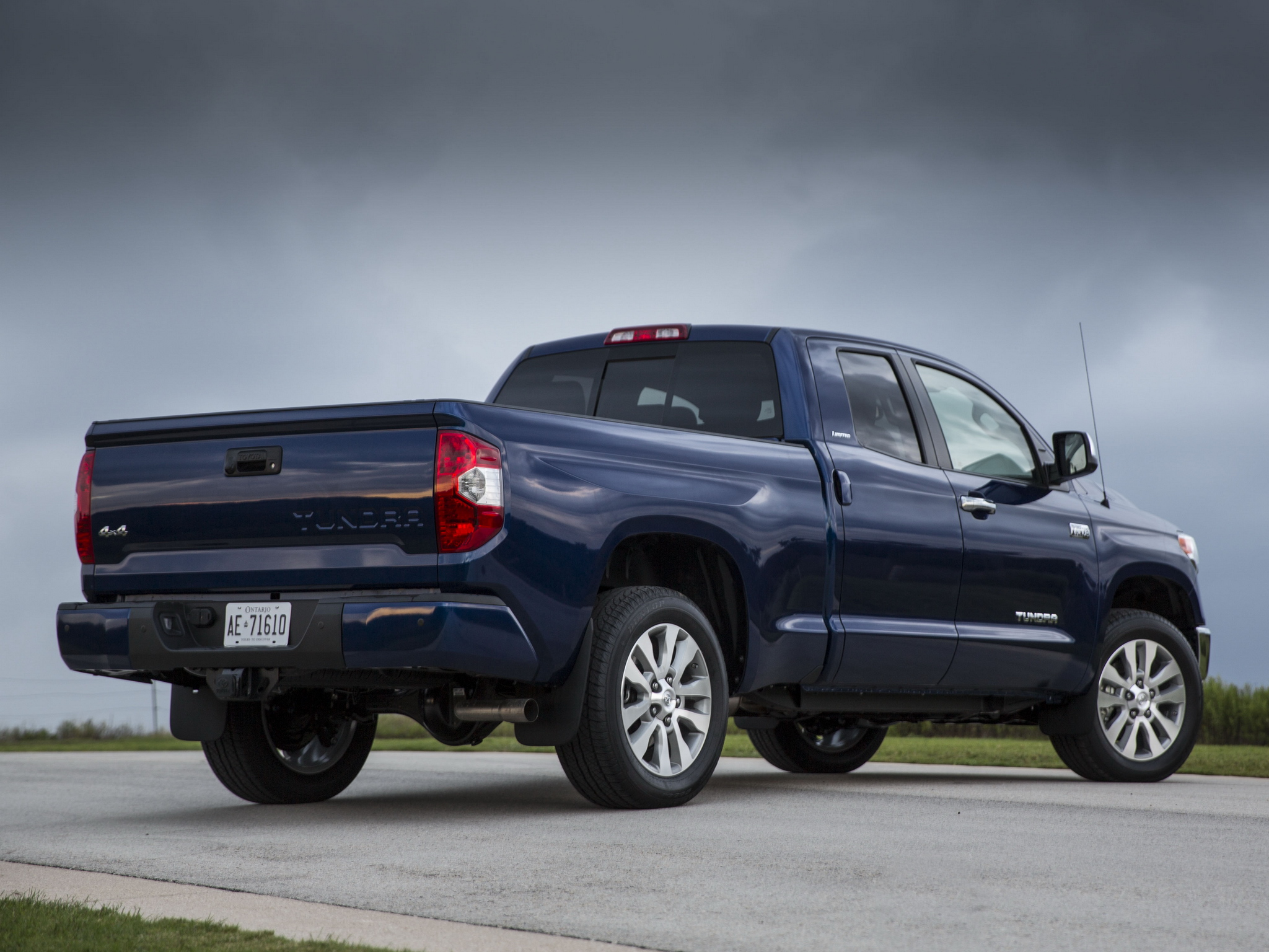 2014 toyota tundra double cab limited pickup fs wallpaper. Black Bedroom Furniture Sets. Home Design Ideas