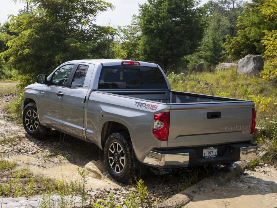 2014 TRD Toyota Tundra Double Cab SR5 pickup 4x4    g wallpaper