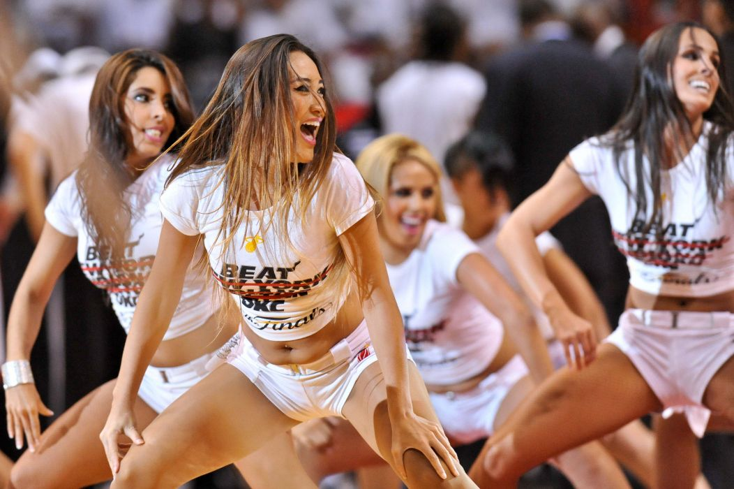 Miami Heat cheerleader basketball nba      f wallpaper