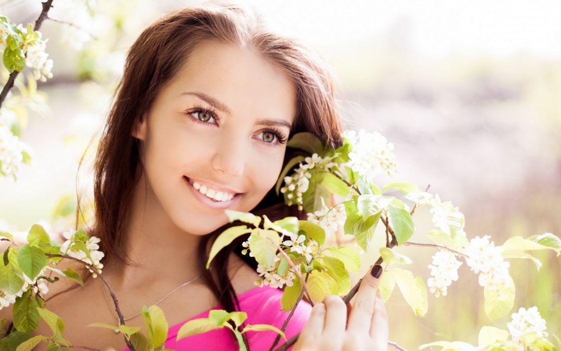 Woman Girl Beauty Smile wallpaper