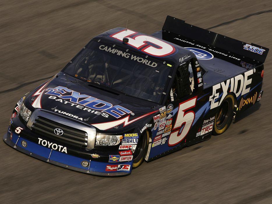 2009 Toyota Tundra NASCAR Camping World Series Truck race racing  g wallpaper