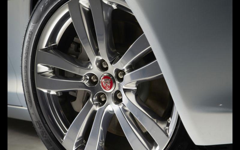 2014 Jaguar XJ luxury x-j wheel g wallpaper