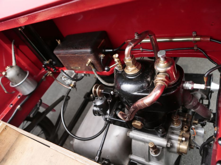 1902 Warwick 6-HP Four-seater Stanhope retro engine       f wallpaper