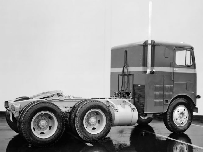 1954 White Freightliner WF8164T semi tractor retro wallpaper