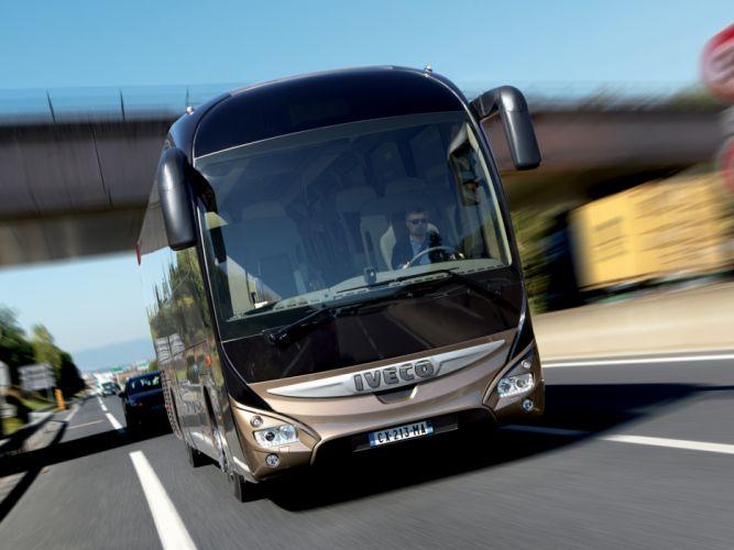 2013 Iveco Magelys Pro Bus transport semi tractor g wallpaper