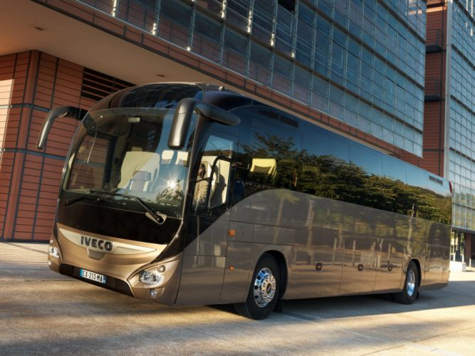 2013 Iveco Magelys Pro Bus transport semi tractor wallpaper