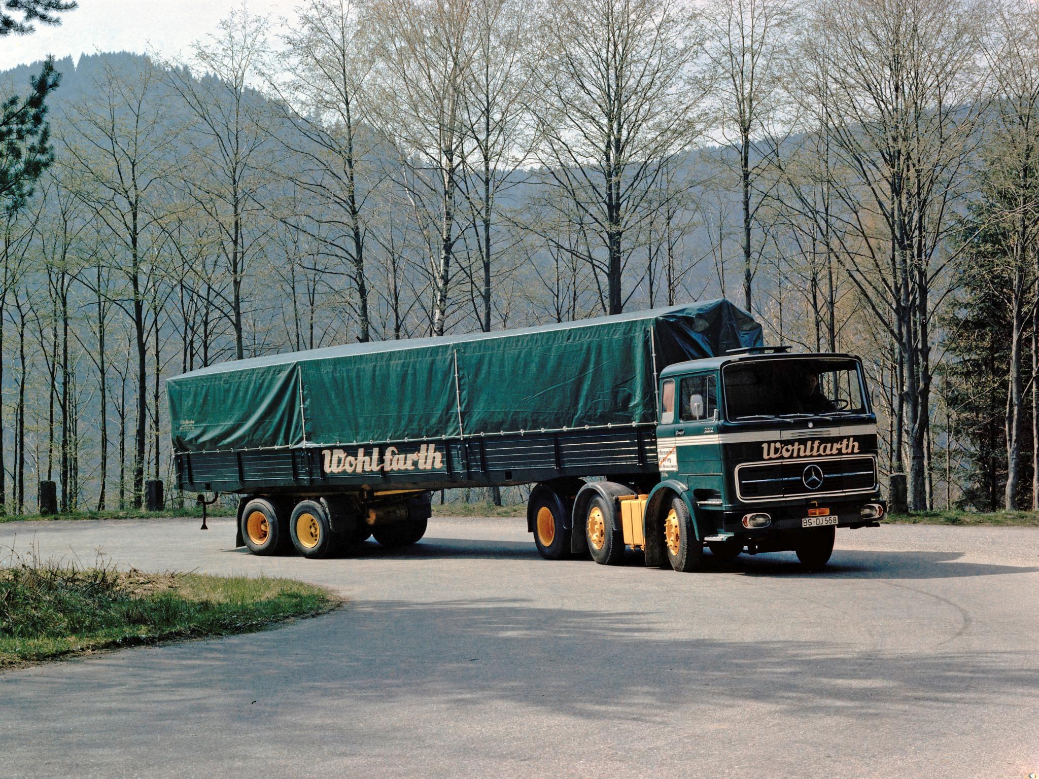 1970 mercedes benz lps2032 semi tractor classic wallpaper for Old mercedes benz trucks