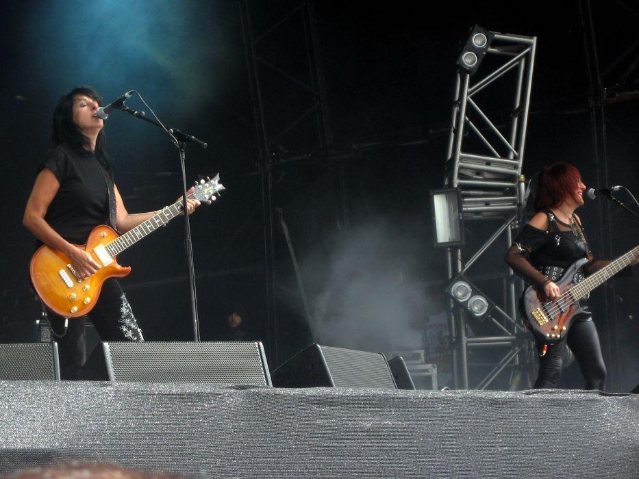 Girlschool hard rock heavy metal concert guitar  f wallpaper