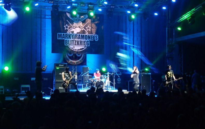 Marky Ramones Blitzkrieg heavy metal concert dw wallpaper
