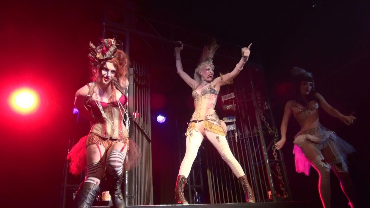 Emilie Autumn Liddell music singer songwriter poet violinist industrial rock redhead glam    fs wallpaper