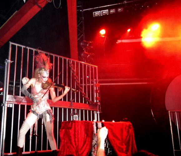 Emilie Autumn Liddell music singer songwriter poet violinist industrial rock redhead glam h wallpaper