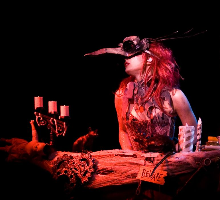 Emilie Autumn Liddell music singer songwriter poet violinist industrial rock redhead glam    eo wallpaper