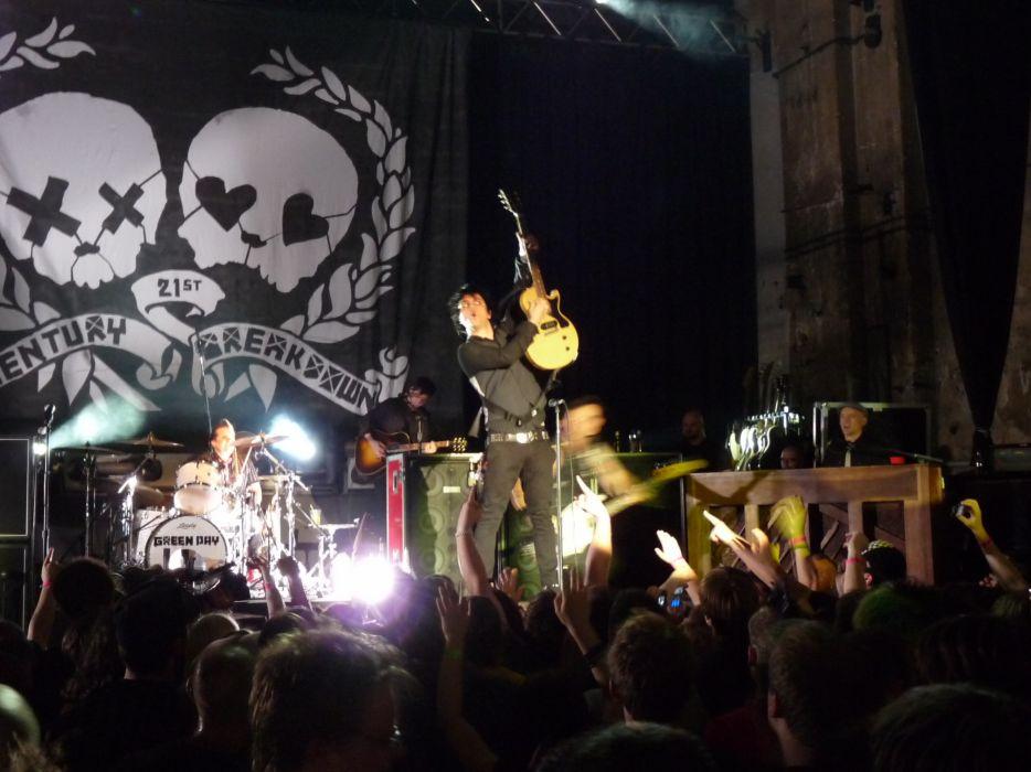 Green Day punk rock pop concert     f wallpaper