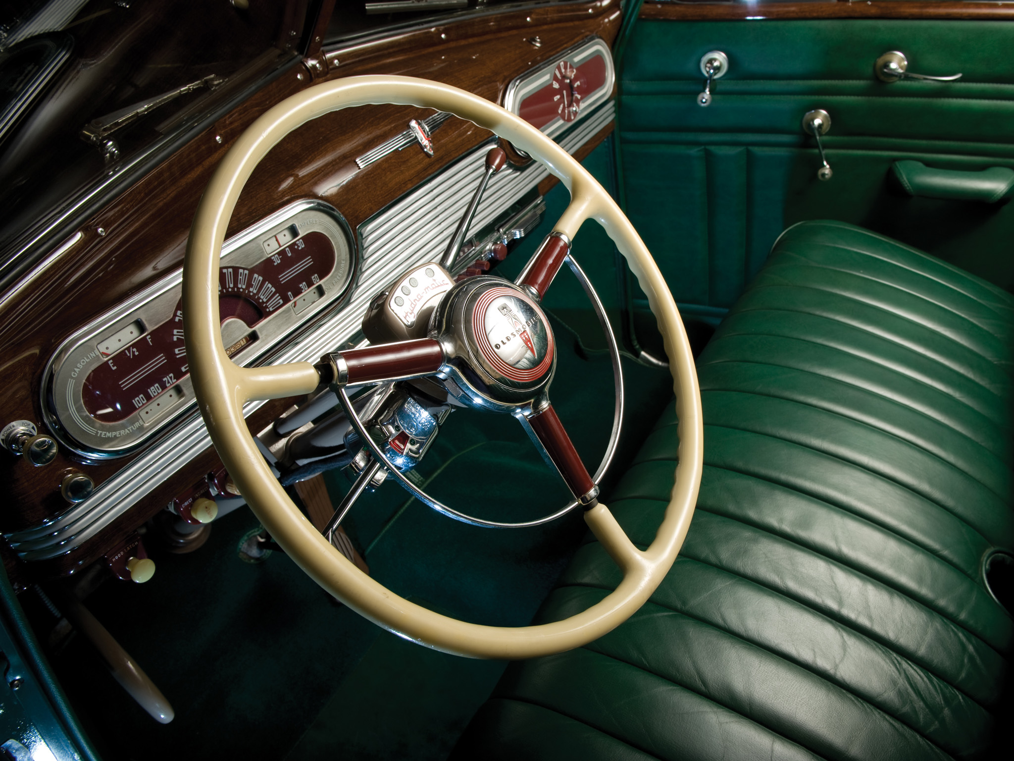 1941 Oldsmobile Special 66 Convertible 3567 Retro Interior H Ninety Eight Wallpaper 2048x1536 164295 Wallpaperup