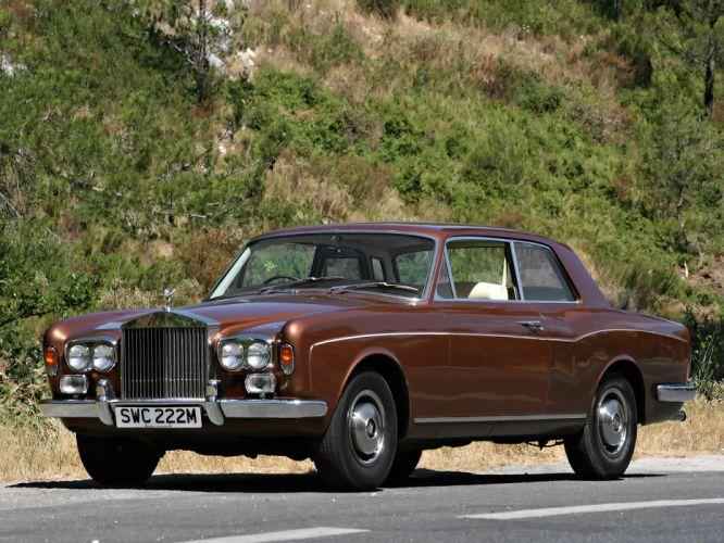 1973 Rolls Royce Corniche Saloon luxury wallpaper