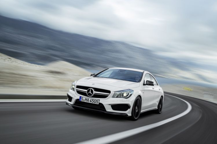 2014 Mercedes-Benz CLA 45 AMG wallpaper