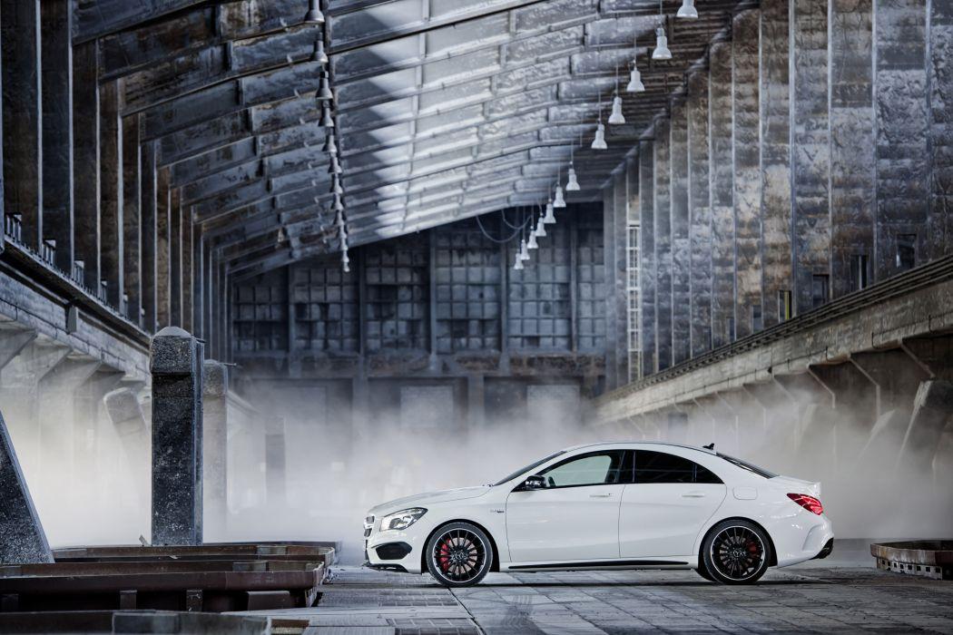 2014 Mercedes-Benz CLA 45 AMG wallpaper
