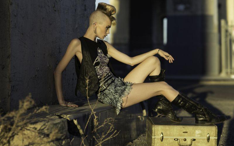 Margo Hammand bag shorts legs mohawk style wallpaper