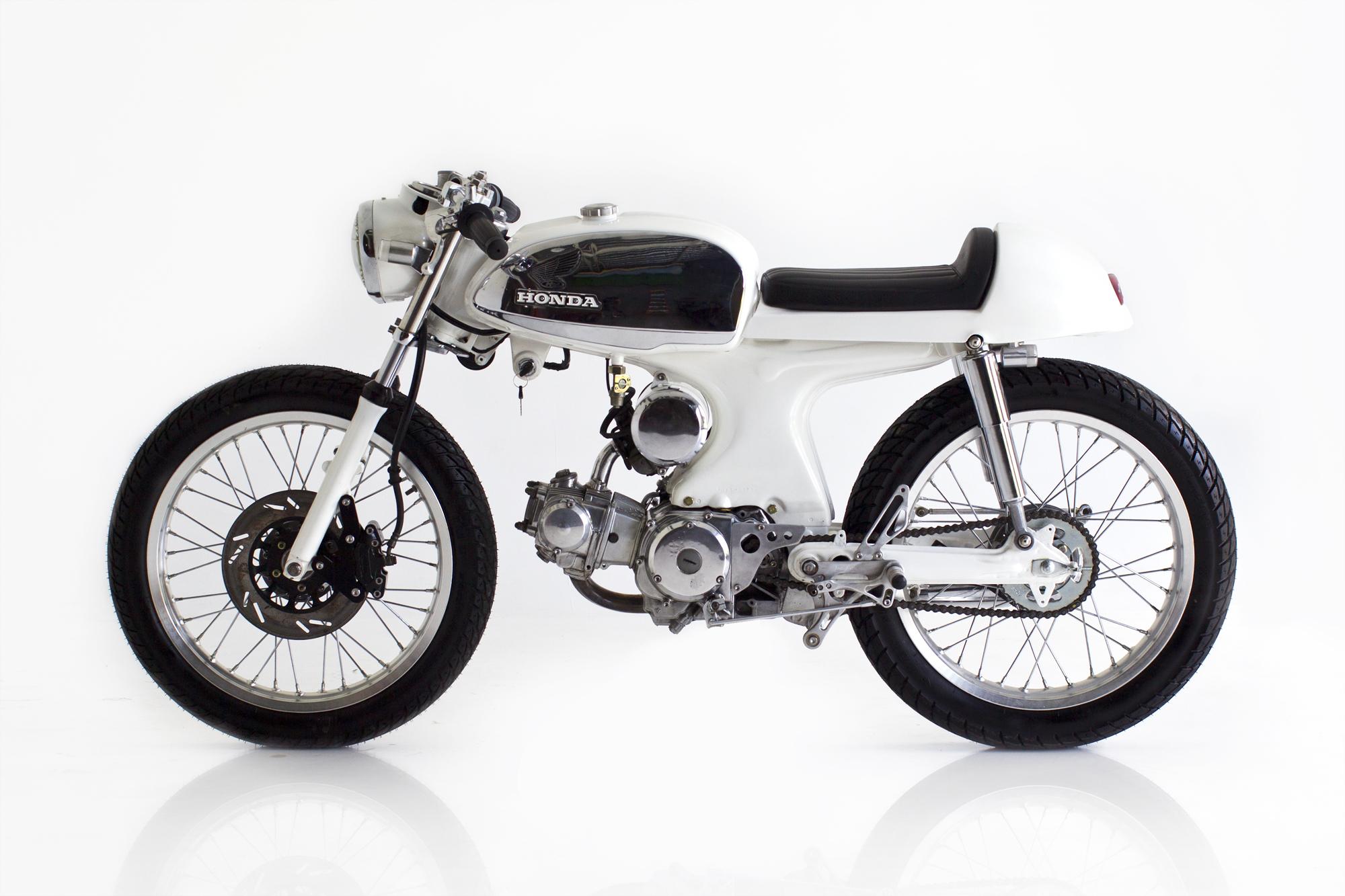 Deus Ex Machina Custom Honda S90 Cafe Racer E Wallpaper 2000x1333 165912 Wallpaperup