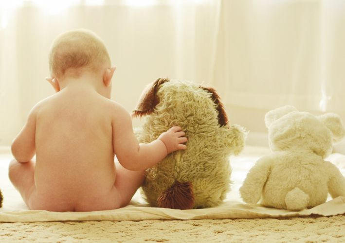 baby toys friends mood wallpaper