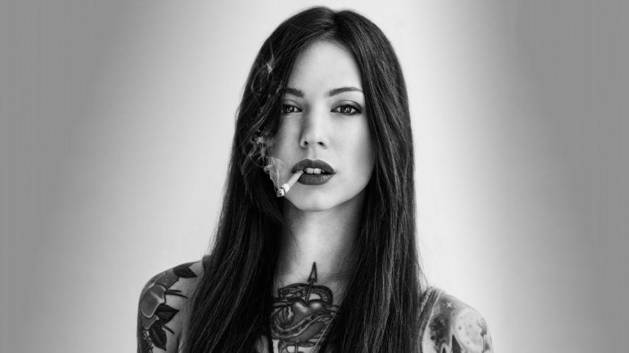 Brunette Cigarette Smoking Face Tattoo B-W wallpaper