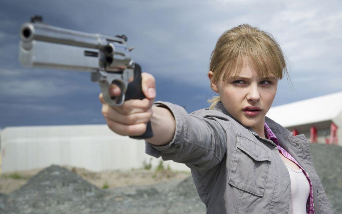 Chloe Moretz Handgun Blonde Kick Ass weapon gun pistol    f wallpaper