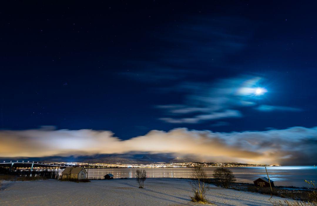 Night Moonlight Stars Clouds House city wallpaper