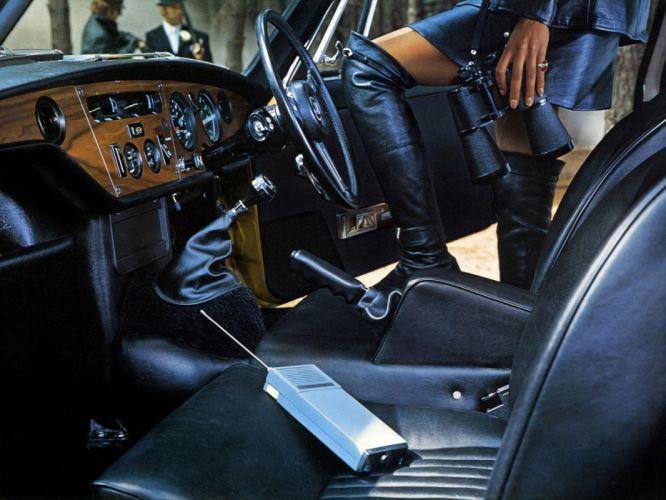 1970 Triumph GT6 (MkIII) interior f wallpaper