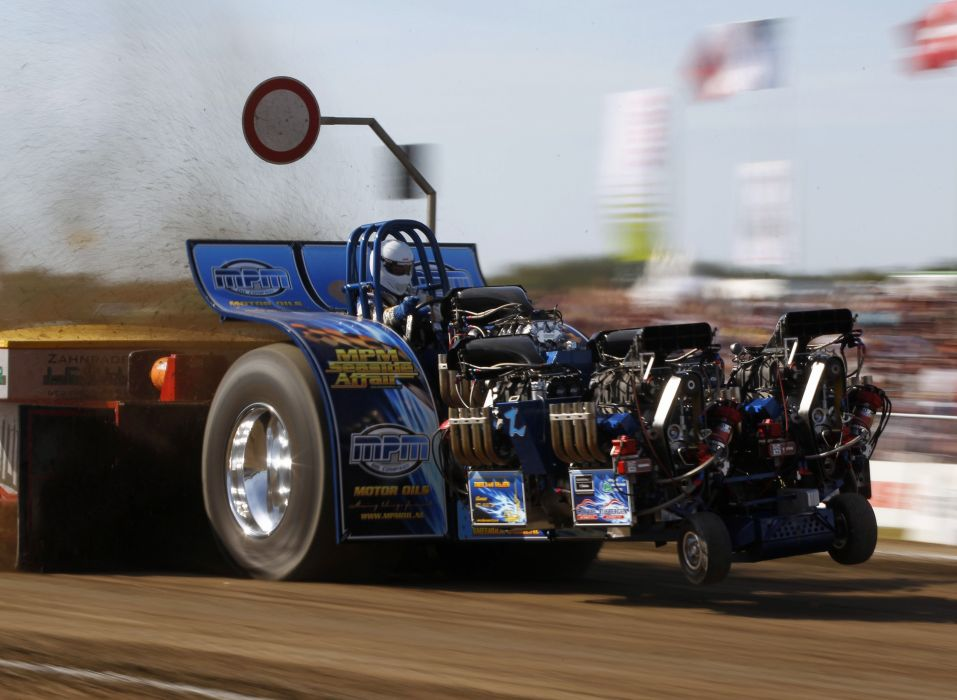 TRACTOR-PULLING race racing hot rod rods tractor engine           g wallpaper
