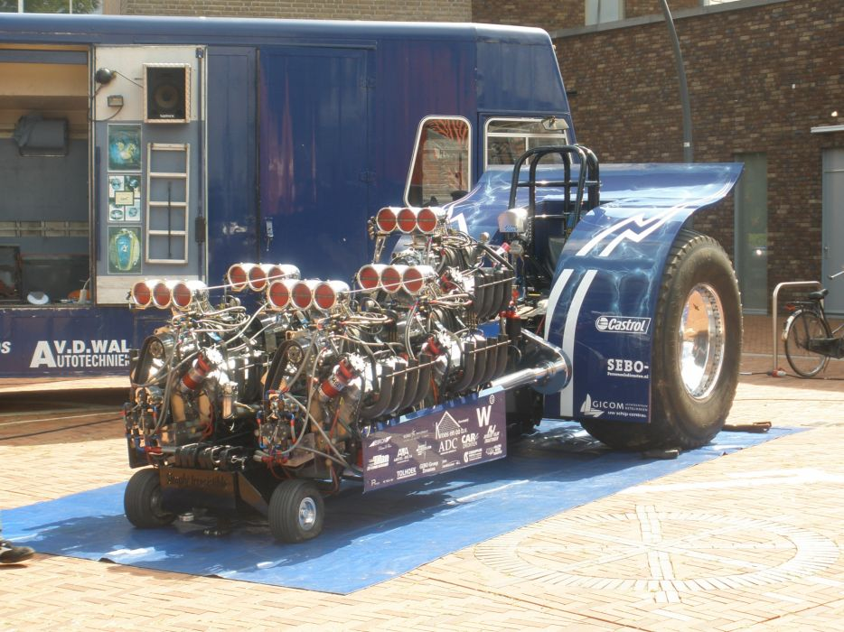 TRACTOR-PULLING race racing hot rod rods tractor engine   r wallpaper