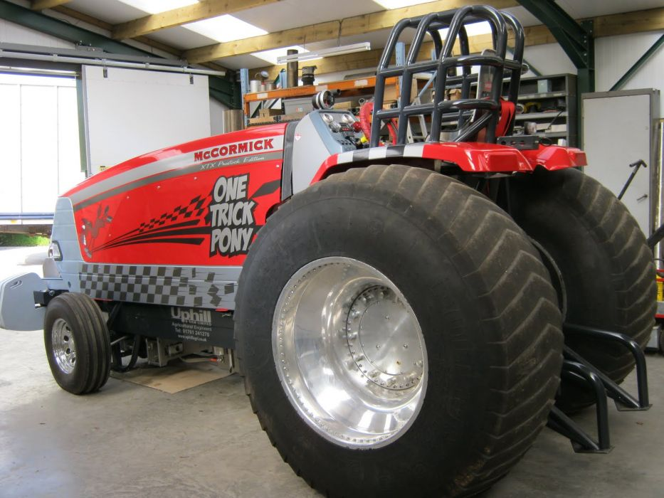 TRACTOR-PULLING race racing hot rod rods tractor international  h wallpaper
