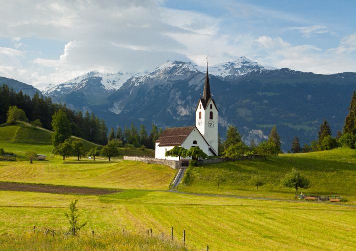 Queen Grisons Switzerland alps wallpaper