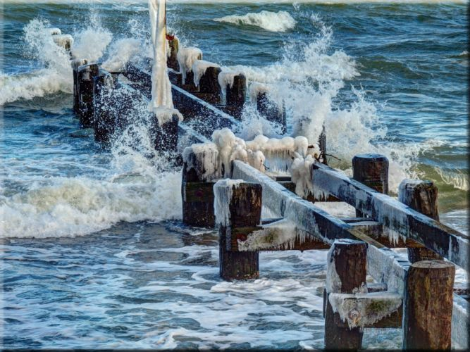 sea the waves the old pier icicles landscape wallpaper