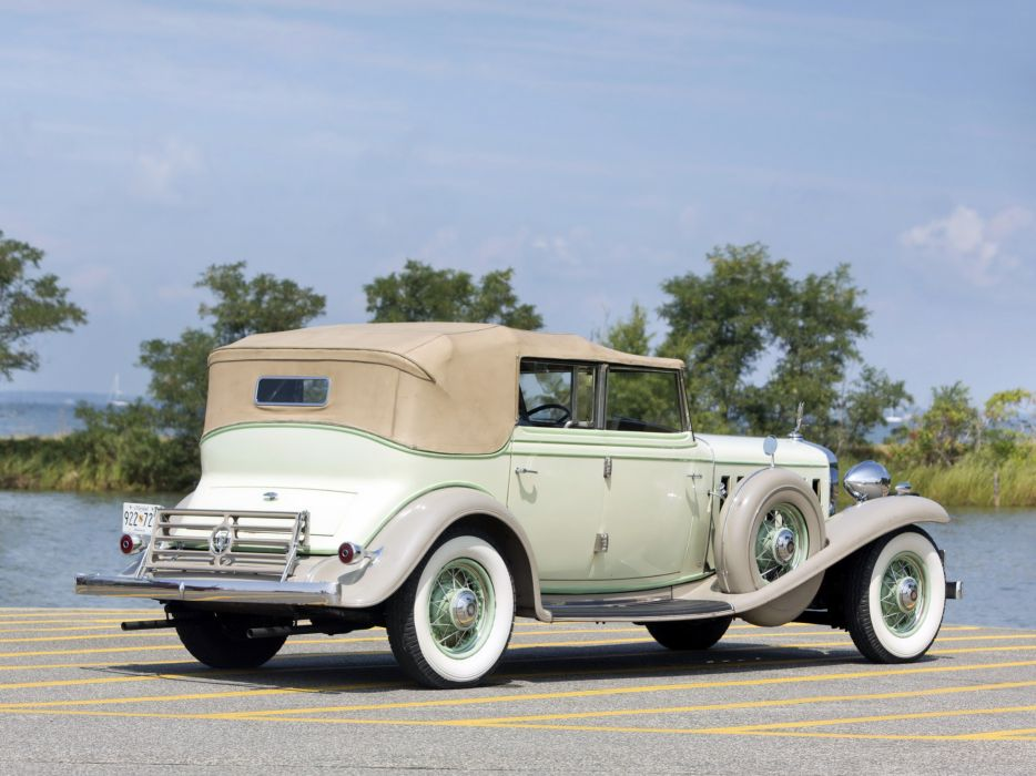 1932 Cadillac V16 452-B All Weather Phaeton by Fisher (32-16-273) retro luxury  r wallpaper