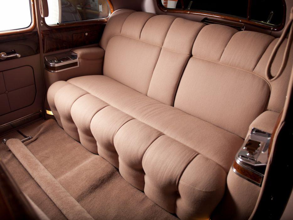 1941 Cadillac Fleetwood Seventy-Five Touring Sedan (41-7519) retro luxury interior    h wallpaper