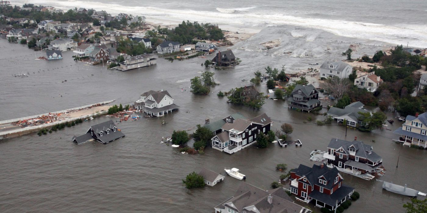 HURRICANE SANDY storm disaster weather ocean house building    g wallpaper