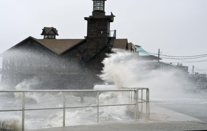 HURRICANE SANDY storm disaster weather ocean waves lighthouse g wallpaper